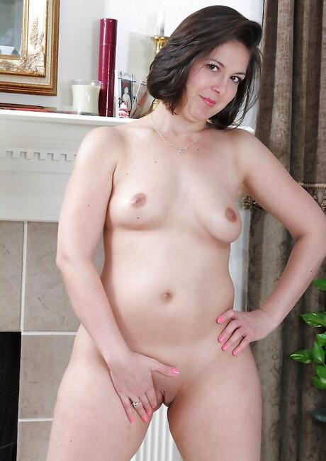 Small Tits BBW Pics