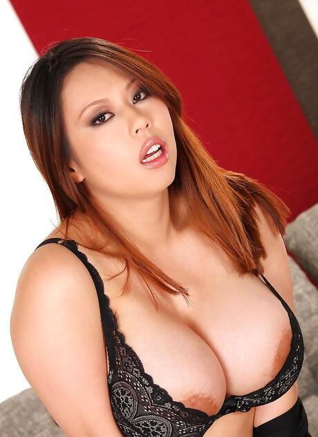Chinese BBW Pics