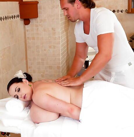 BBW Massage Pics