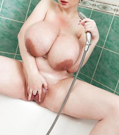 BBW Masturbation Pics
