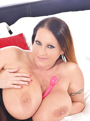 BBW With Sex Toys Pics